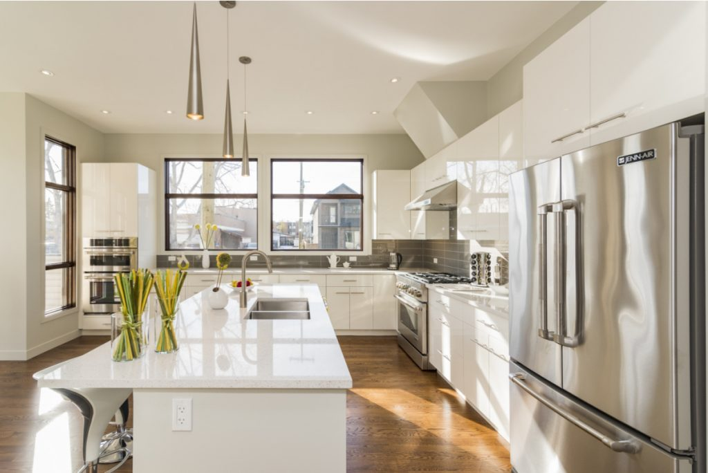 Beautiful home in mississagua _ Mcnaught Real Estate